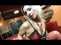 Sexy Blonde Daria Glower