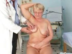 Mature fat Radka gyno pussy speculum exam
