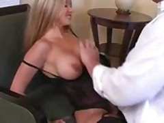 Hot Ass MILF Knows How To Fuck