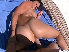 Rachel Starr's Phat Ass Gets Rocked