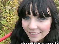 Fucking a sporty girl outdoors