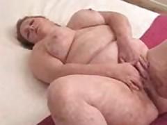 Chelsea Masturbates Her Fat Pussy