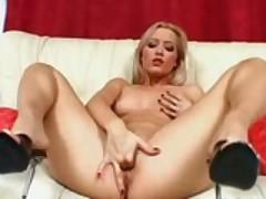 Hot Chicks Tease and Masturbate
