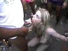 Bukkake slut outdoor