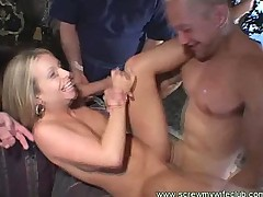 Wife got finger fucked