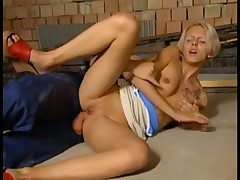Hot blonde babe fuck and suck