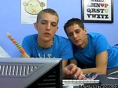 2 Boys 1 Lollipop