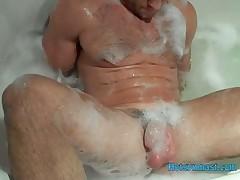 Str8 Stroke in bubblebath from Hotgymnast.com
