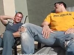 Bodybuilder Devin Draz sucked off by straight Marcus.