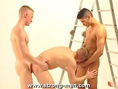 Latin Threesome Sex