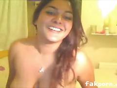 Busty Indian Hottie on WebCam