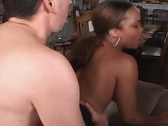 EBONY CHEERLEADER FUCKED SOME COCK...usb