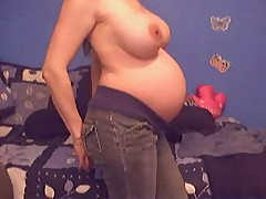 Pregnant broke amateur