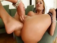 Bonny Bon anal fisted by Clara