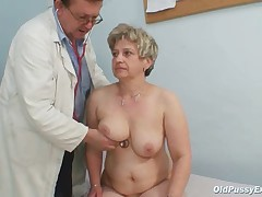 Grown-up chubby pussy Ruzena gyno send back bizzare clinic exam