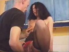 British mature slut fucks in kitchen. o.O