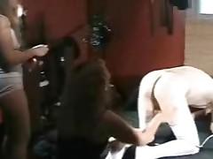 Bi cocksucker in stockings