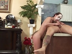 HAIRY CUNT GETS FUCKED IN THE KITCHEN...usb