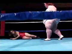 bbw wrestling with a midge