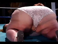 BBW wrestling a Midget