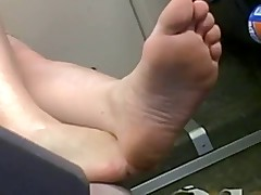 Hot Feet in Train
