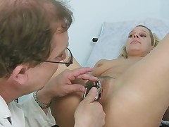 Tina gyno pussy speculum examination at kinky gyno clinic