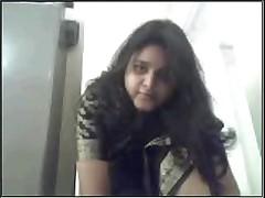 Gujrati girl Nadia exposing