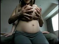 Pregnant big tits and niples