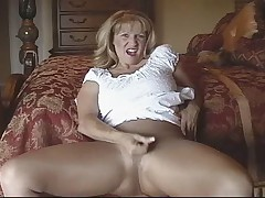 Slut in shiny seamless pantyhose