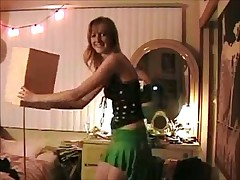Kelly dancing