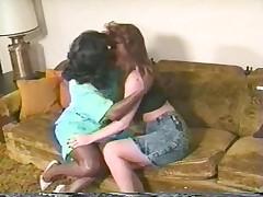 Ebony Ayes lesbian
