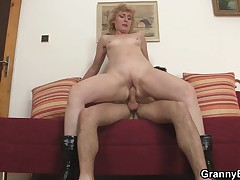 Youth guy picks up old tow-headed increased by fucks their way pussy hard