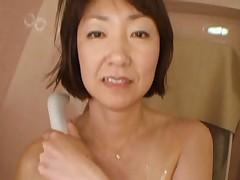 Japanese grannie2 by airliiner1