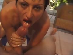 French brunette (30+)