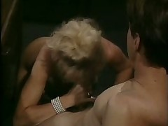 Hot blonde secretaryfucking in slot vintage peel