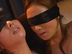 Japanese girls kiss1142