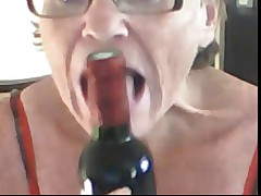 Granny shows here old hairy pussy