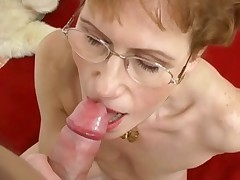 Mature Likes nearly Suck cock