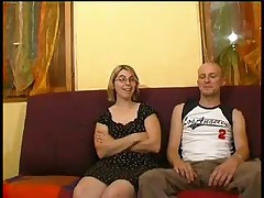 Couple amateur qui aime le fist