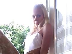 Cindy en su casa ocho