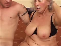 CHERYL - horny granny pussy creampie