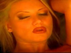 Horny blonde bimbo chick lusty play