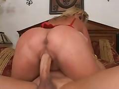 Fat ass Ginger Lynn loves butt banging