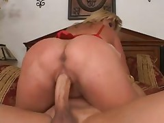 Fat ass Ginger Lynn loves butt banging