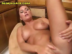 Ebony With A Strapon Shoves It Into Her Ass