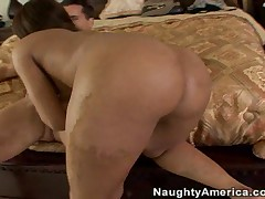 Roxy Reynolds Vs Talon - My Sisters Hot Friend
