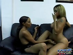 Alana And America - Two Sexy Ebony Licking Each Others Pussy On Couch