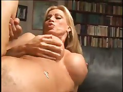 MILF Superstar Has Her Pussy Cleaned