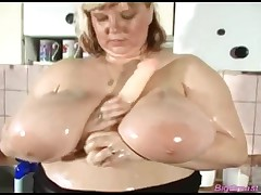 Chubby Blonde Lady With Huge Oiled Boobs Fucks Her Pussy With Dildo Till Orgasm!