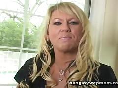 Chennin Blanc And Robbie James - Bang My Stepmom